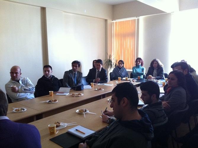 14 bölümümüz eğitim seminerleri kapsamında sosyal bilimlerde