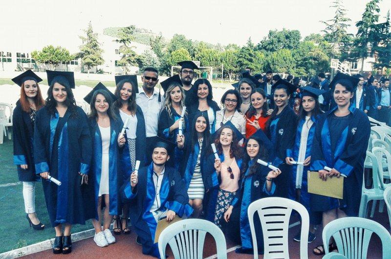 2016graduates01