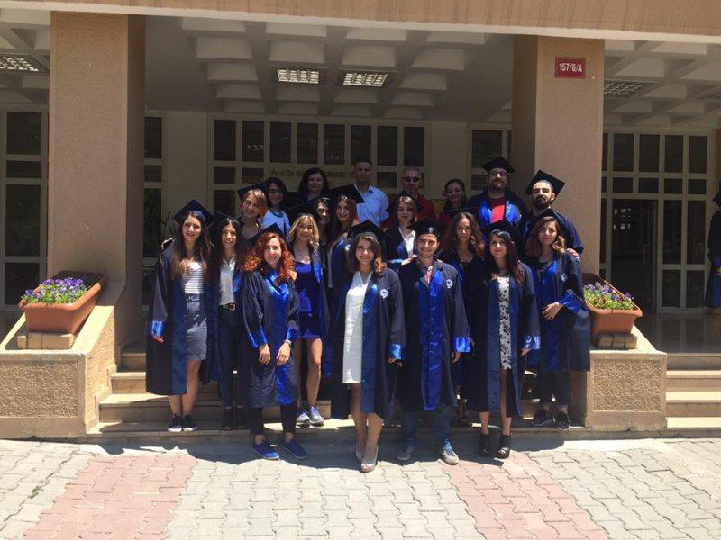 2016graduates02