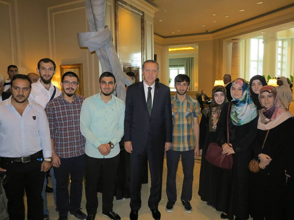Cumhurbaşkanımız Katar'da Öğrencilerimizle Buluştular