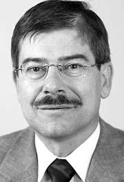 Prof. Helmut Pernsteiner