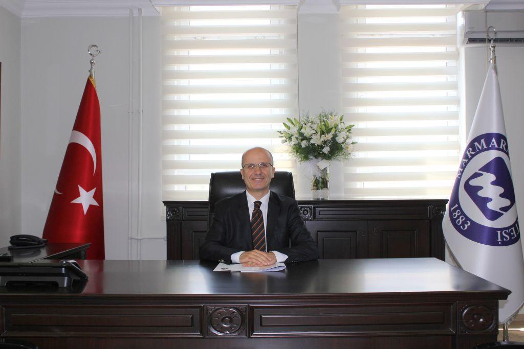 Rektör Yardımcımız Prof. Dr. Erol Özvar Paris'te Kültür ve Edebiyat Sohbetleri'ne Katıldı