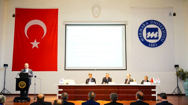 """""""III. Denizcilik ve Deniz Hukuku Uluslararası Kongresi"""" Marmara Üniversitesi'nde Başladı"""