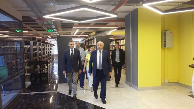 Rector Visit to Library