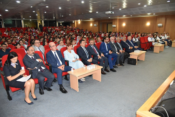 Hooding Ceremony of the Faculty of Medicine