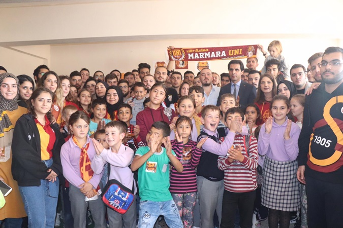 "UltrAslan UNI Marmara Club Built Up ""Oğuz Arda Sel Library"""